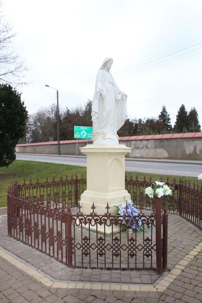 2019-12-29 Nowe Miasto kapliczka nr2 (10)