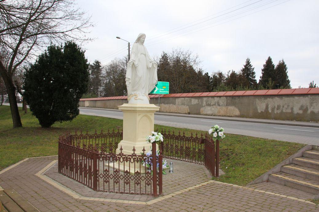 2019-12-29 Nowe Miasto kapliczka nr2 (11)