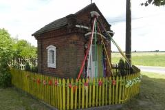 2011-06-26 Nowy Glinnik kapliczka nr1 (1)