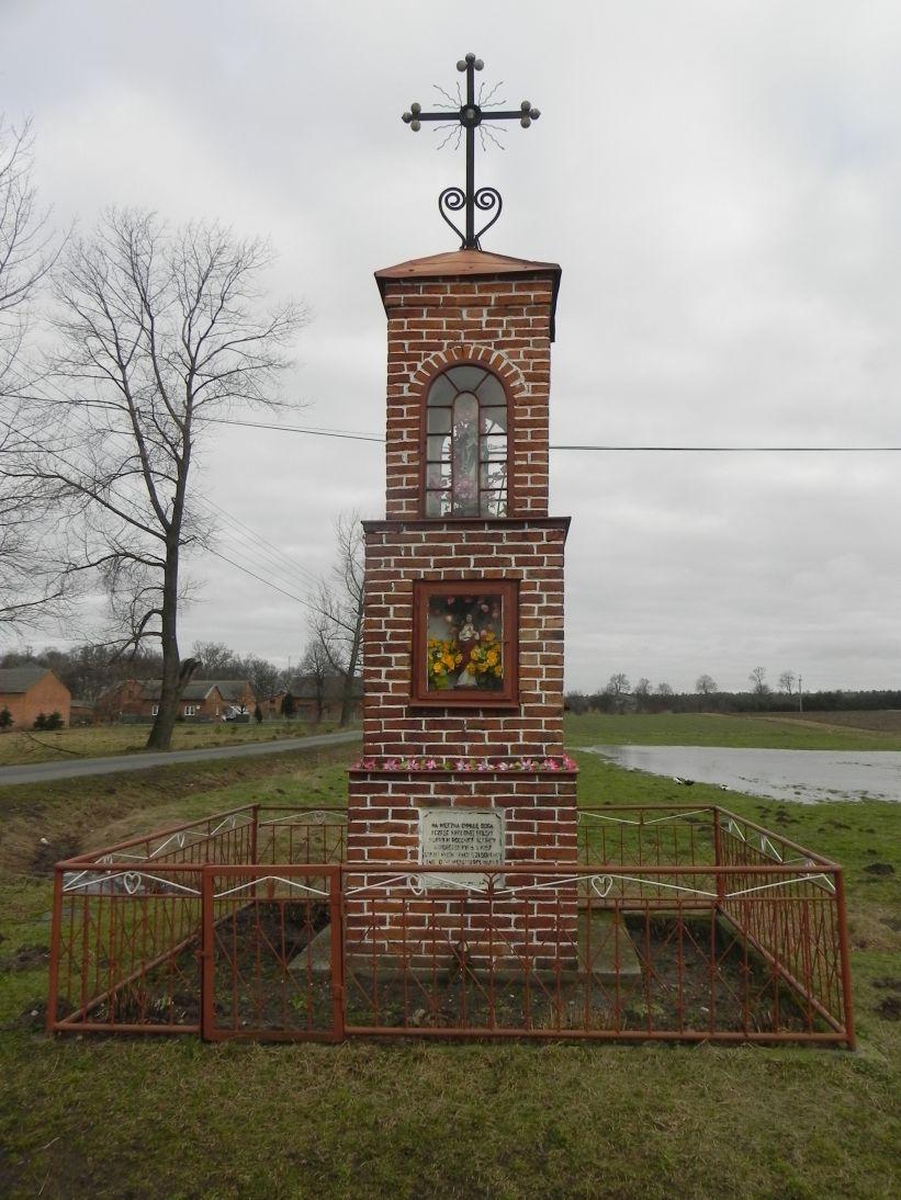 2011-02-09 Chociw kapliczka nr1 (3)