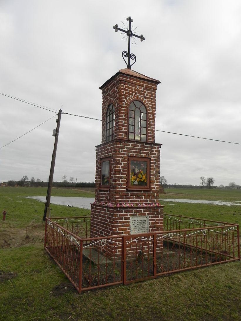 2011-02-09 Chociw kapliczka nr1 (4)