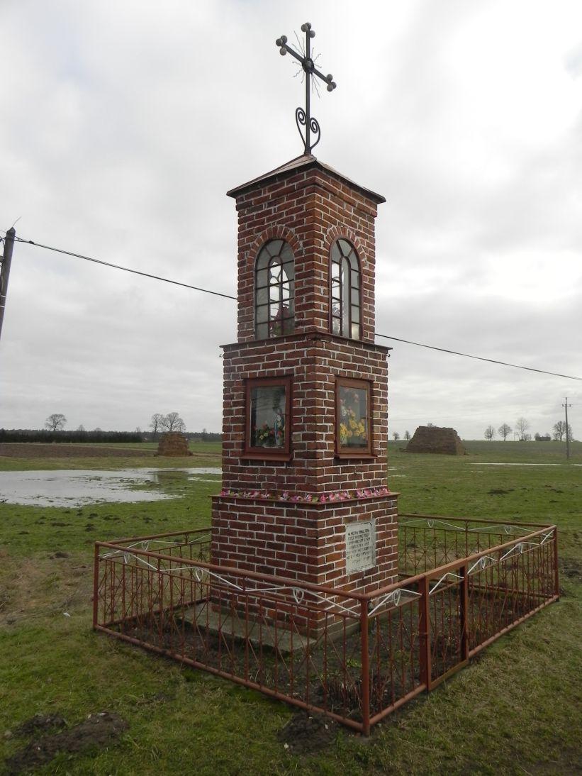 2011-02-09 Chociw kapliczka nr1 (5)