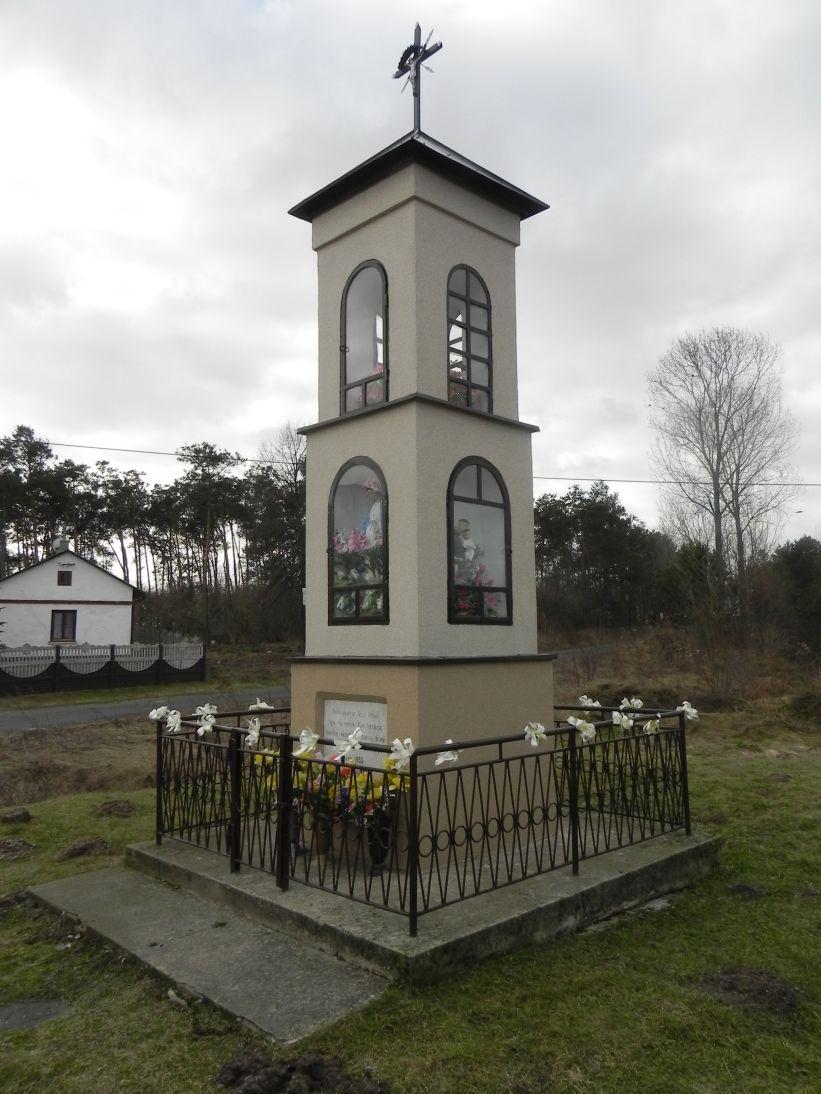 2011-02-09 Chociw kapliczka nr2 (4)