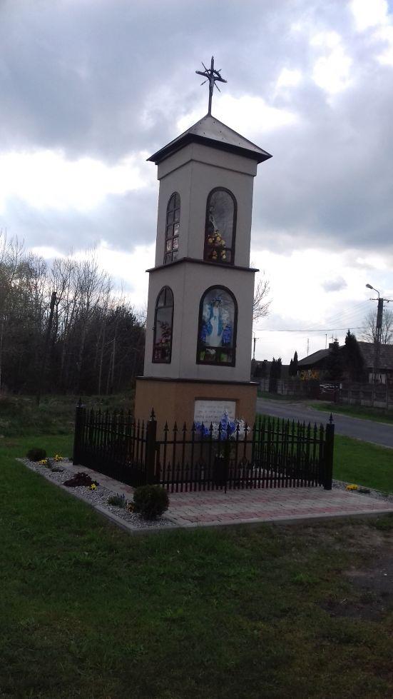 2018-04-17 Chociw kapliczka nr2 (3)
