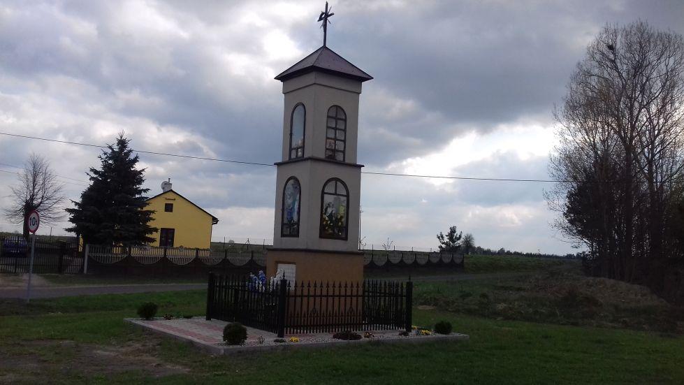 2018-04-17 Chociw kapliczka nr2 (9)