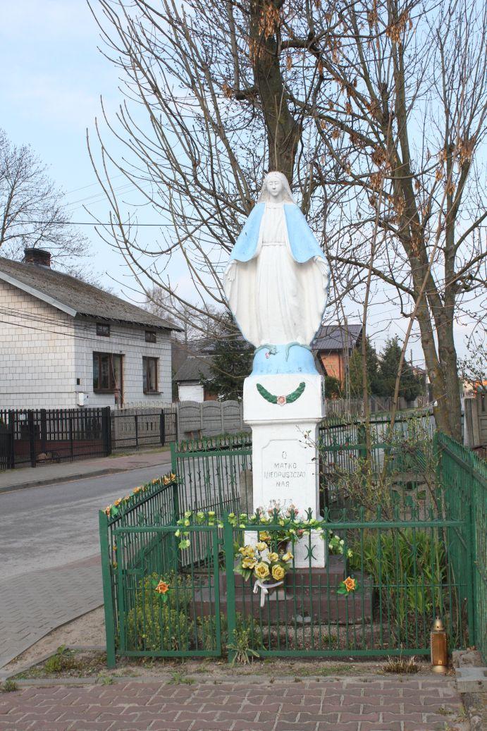 2019-04-07 Odrzywół kapliczka nr1 (2)