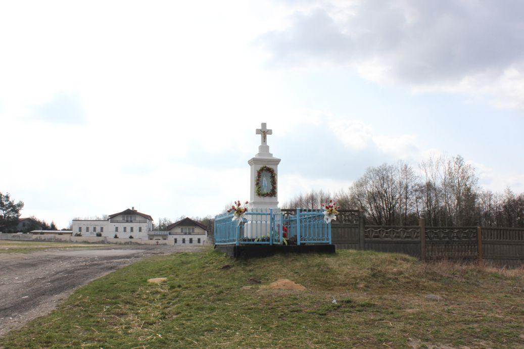 2019-04-07 Odrzywół kapliczka nr3 (1)