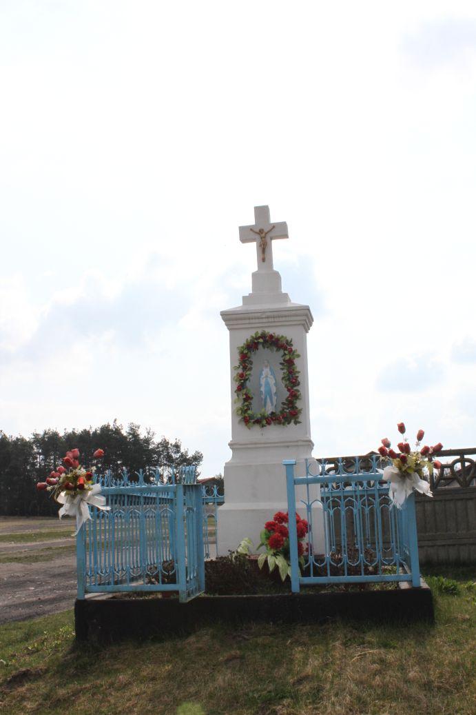 2019-04-07 Odrzywół kapliczka nr3 (4)