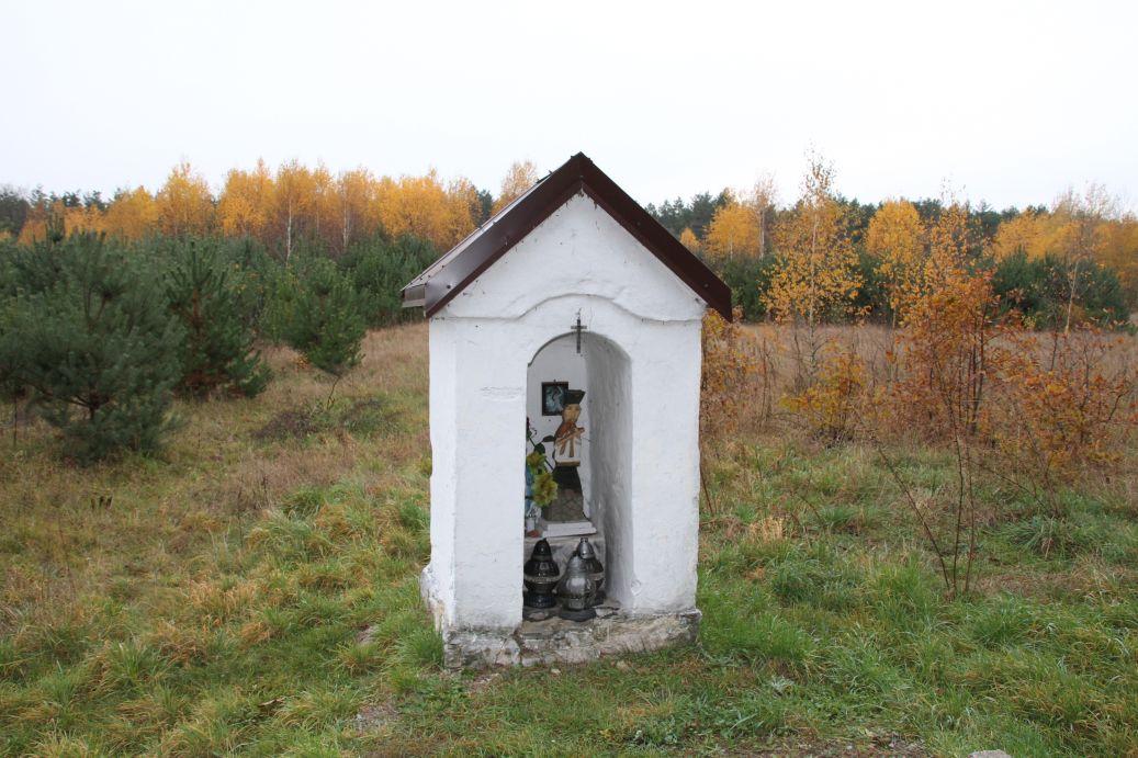 2019-11-10 Ossa kapliczka nr1 (9)