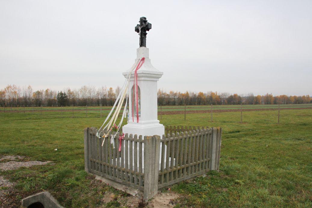 2019-11-10 Ossa kapliczka nr3 (3)