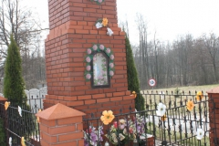 2019-03-31 Stanisławów Studziński kapliczka nr1 (10)