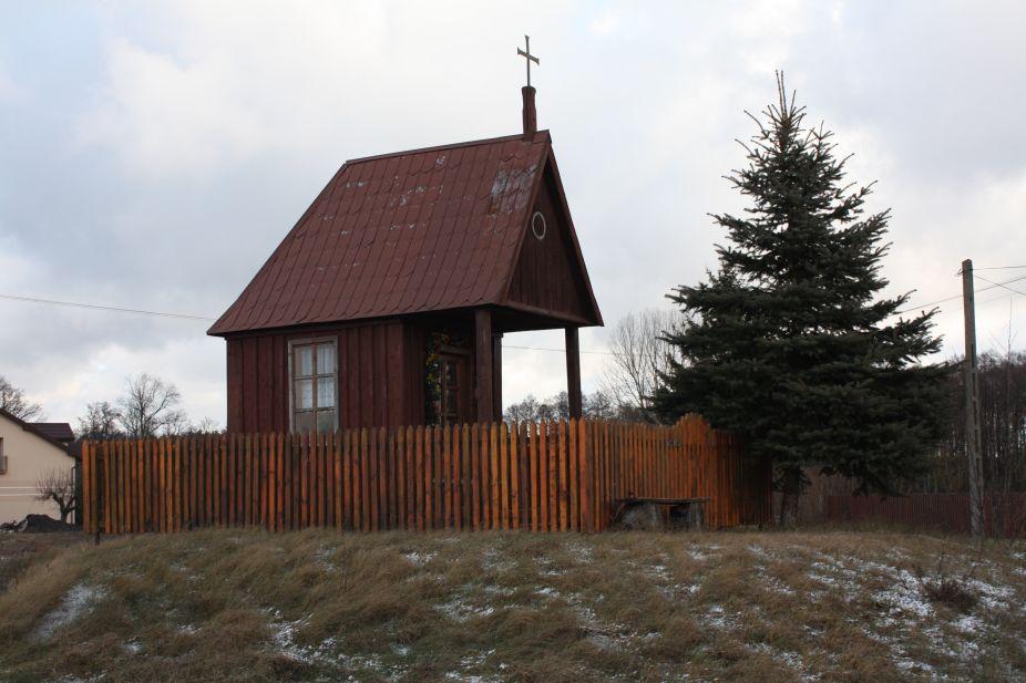 2019-01-03 Chociwek kapliczka nr1 (1)