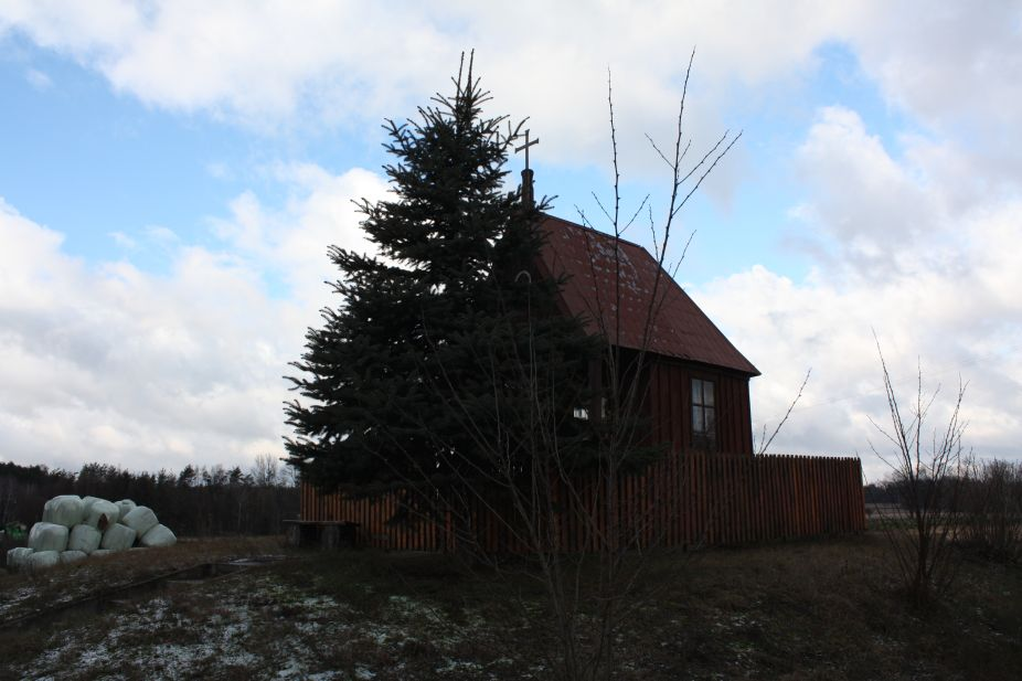 2019-01-03 Chociwek kapliczka nr1 (5)