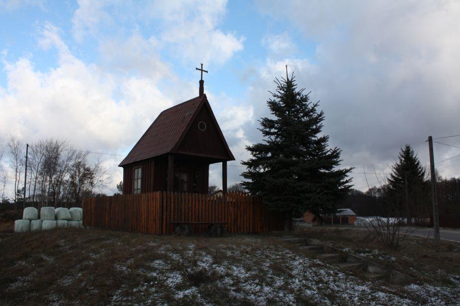2019-01-03 Chociwek kapliczka nr1 (8)