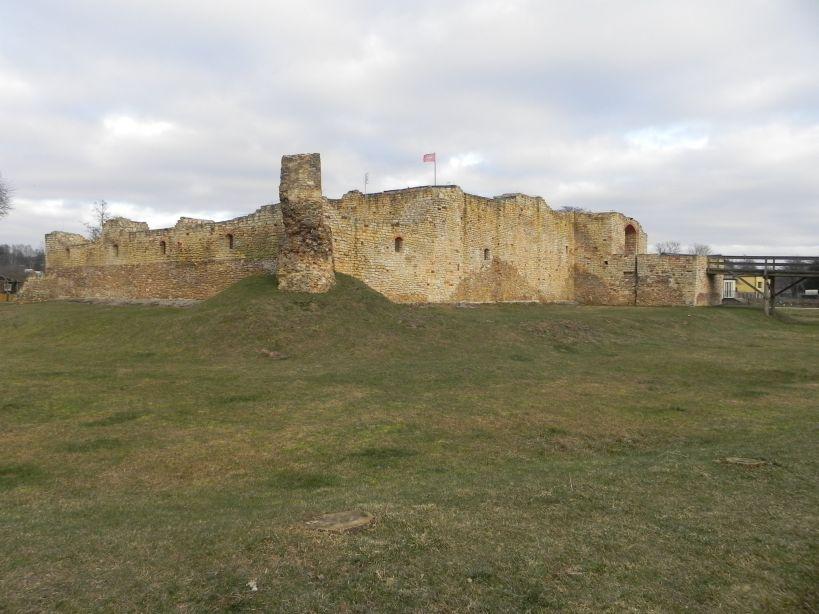 2018-01-14 Inowłódz - ruiny zamku (16)