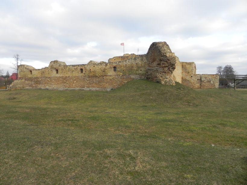 2018-01-14 Inowłódz - ruiny zamku (17)