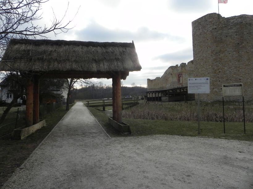 2018-01-14 Inowłódz - ruiny zamku (2)