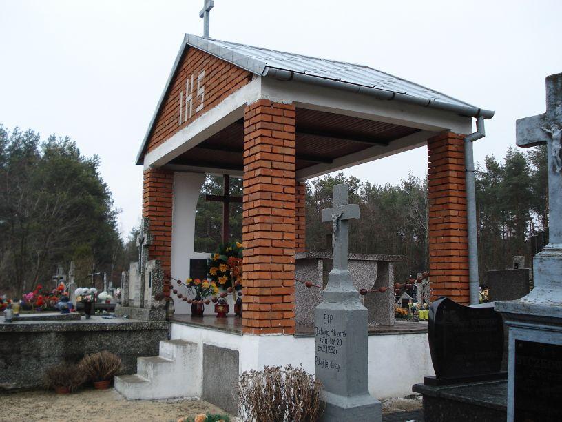 2007-03-18 Lewin - cmentarz parafialny (1)
