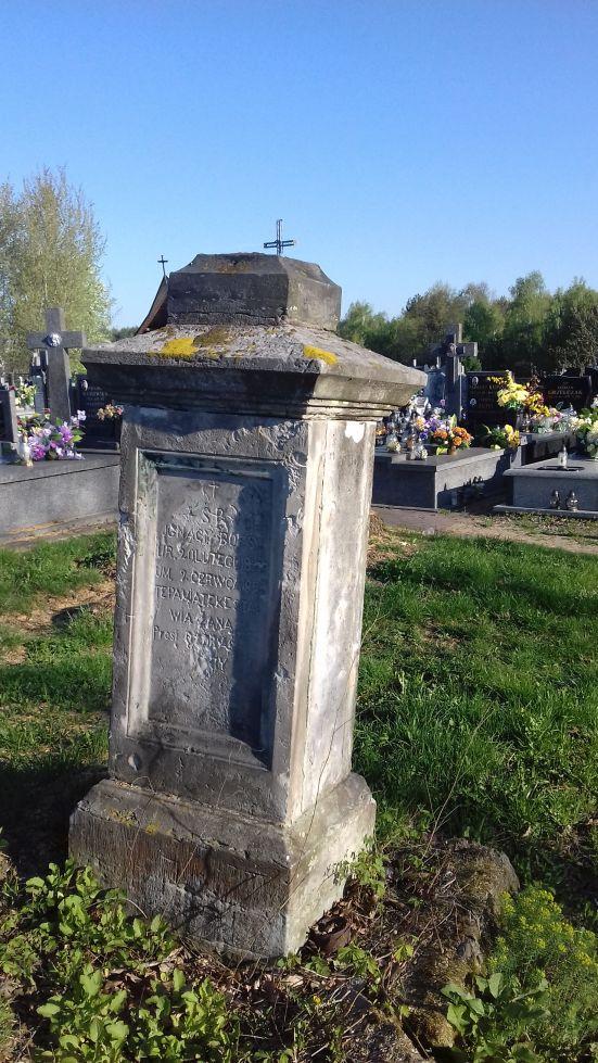 2018-04-22 Łęgonice Duże - cmentarz parafialny (12)