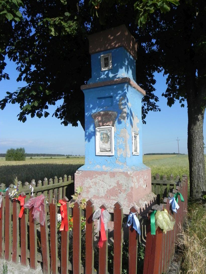 2011-06-26 Dzielnica kapliczka nr1 (2)