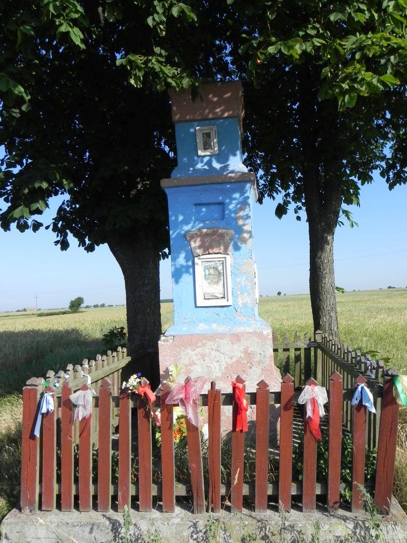 2011-06-26 Dzielnica kapliczka nr1 (3)