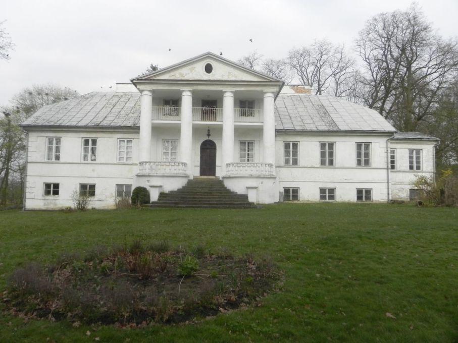 2017-04-09 Łęgonice - dworek (17)