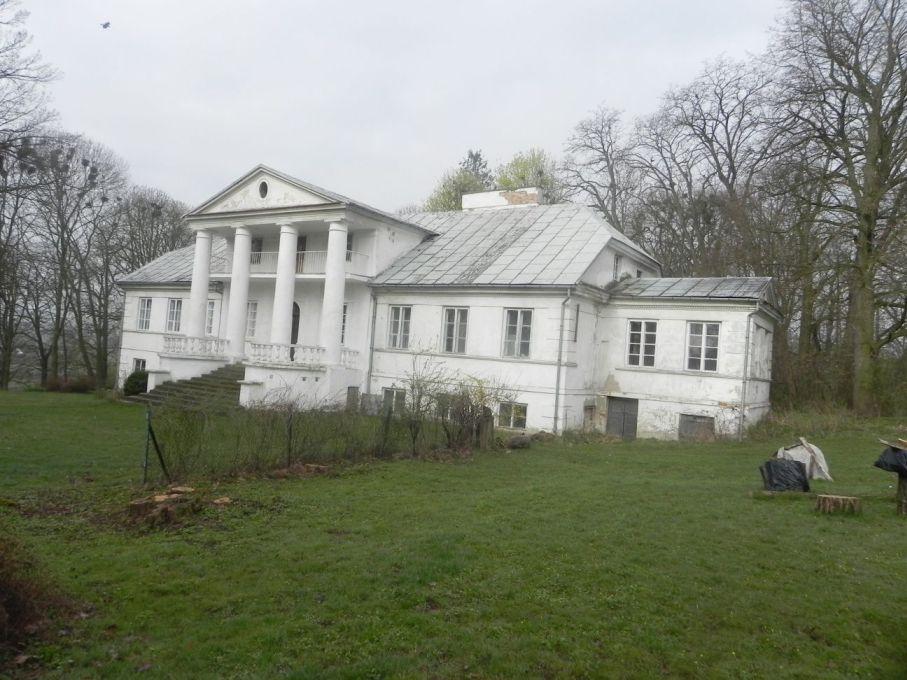 2017-04-09 Łęgonice - dworek (2)