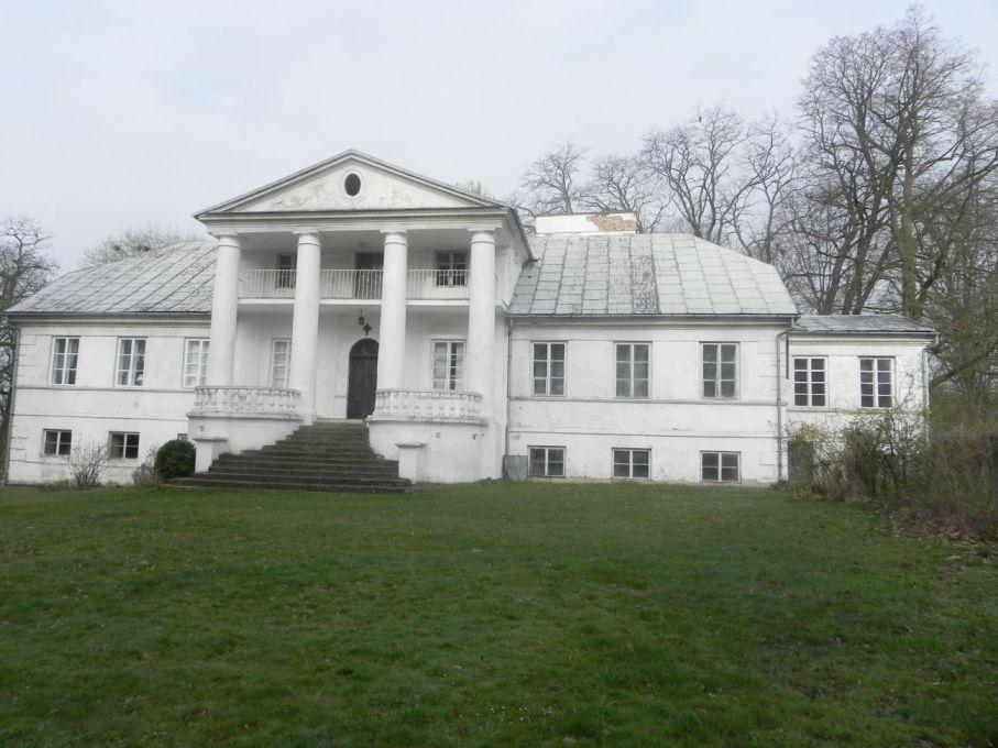 2017-04-09 Łęgonice - dworek (4)