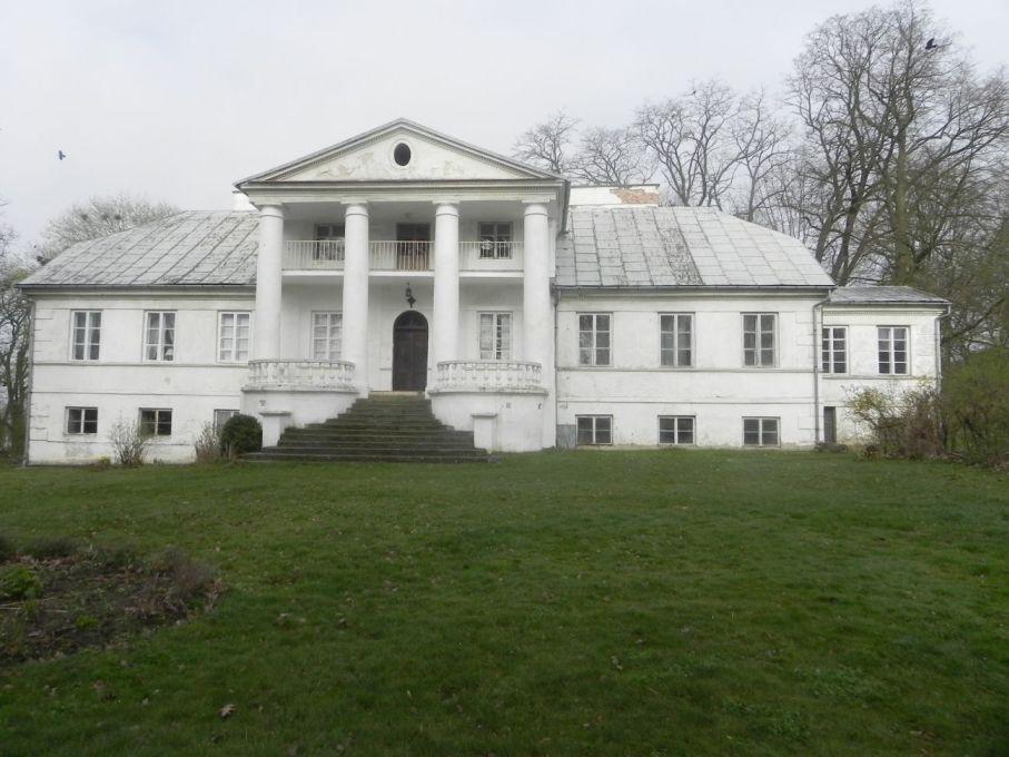 2017-04-09 Łęgonice - dworek (5)