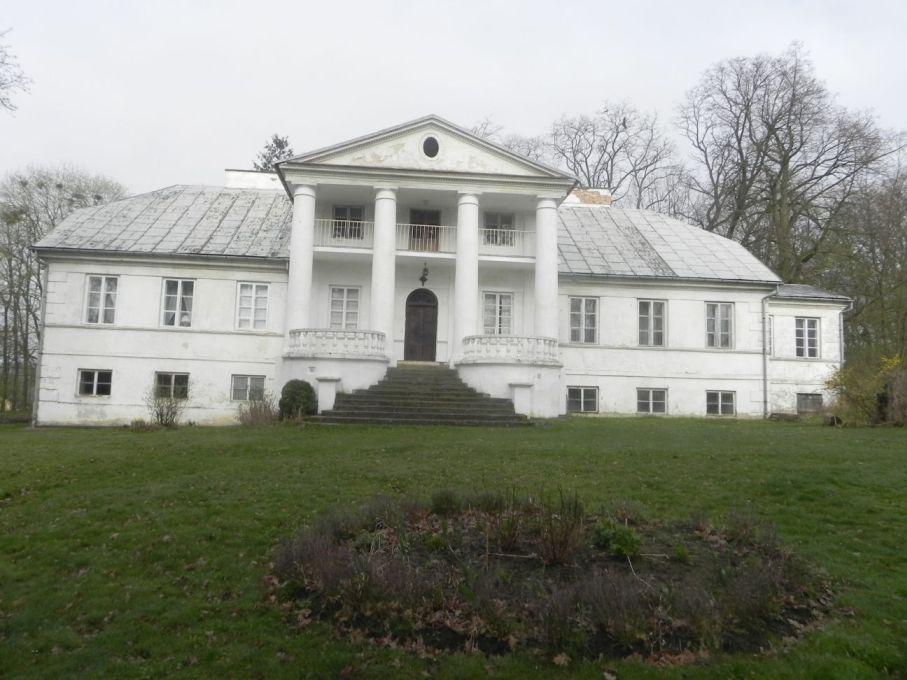 2017-04-09 Łęgonice - dworek (6)