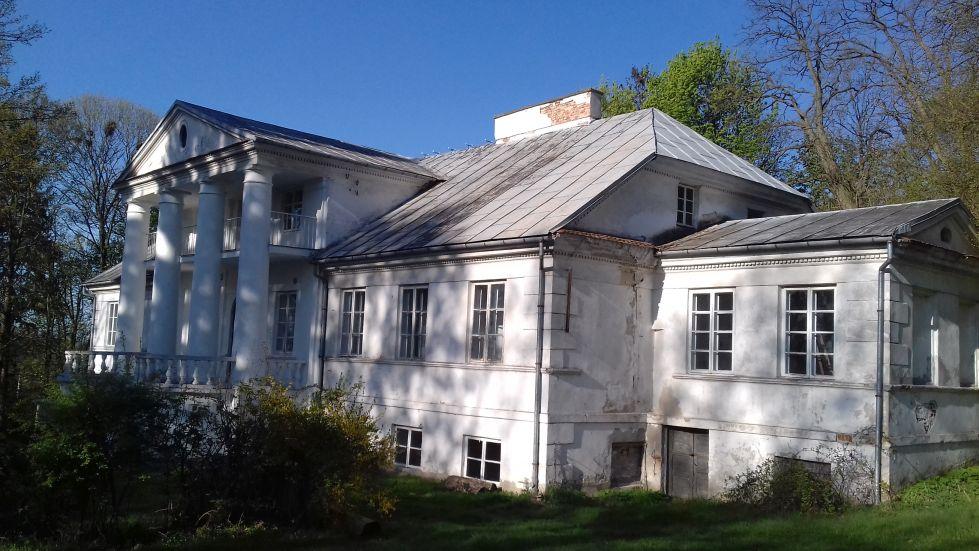 2018-04-22 Łęgonice Duże - pałac (12)