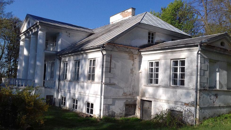 2018-04-22 Łęgonice Duże - pałac (13)