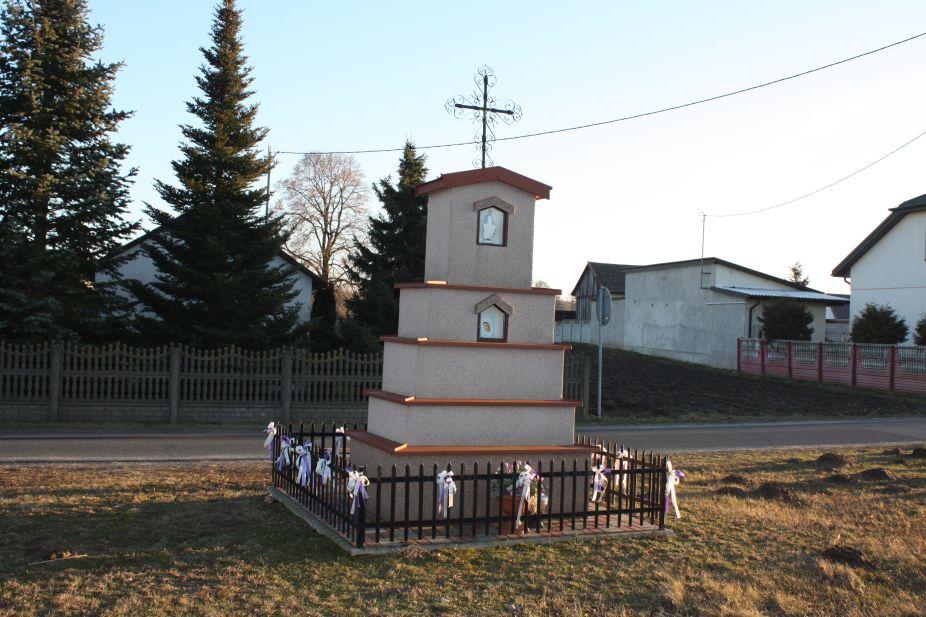 2019-02-16 Dziurdzioły kapliczka nr1 (1)