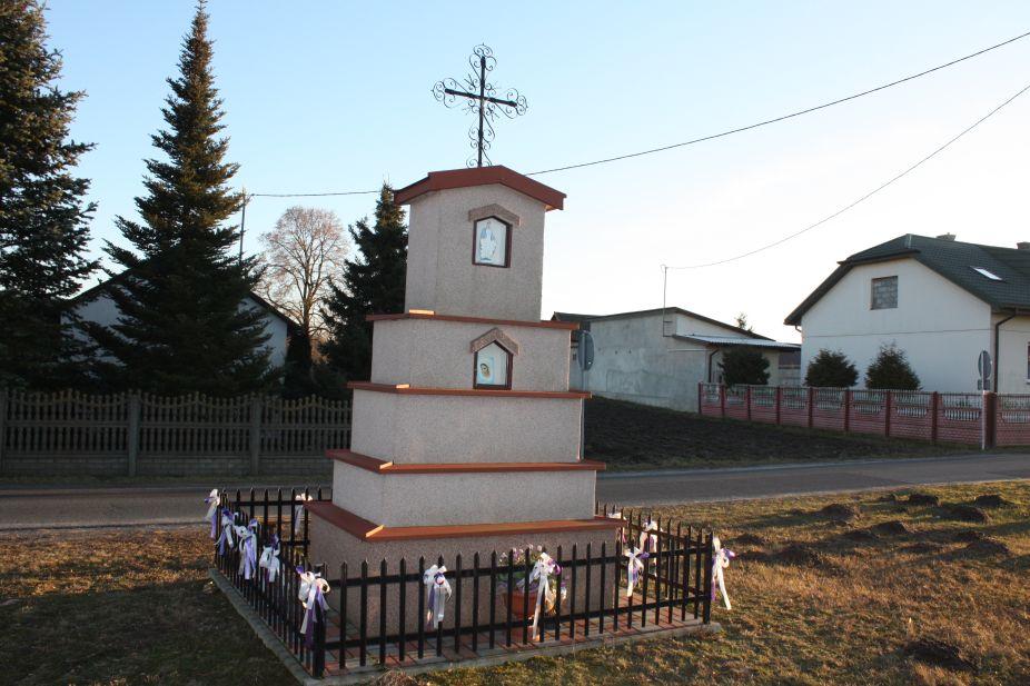 2019-02-16 Dziurdzioły kapliczka nr1 (9)