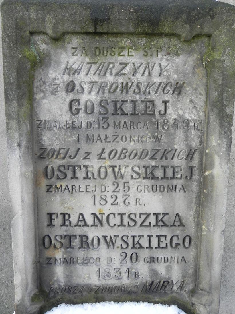 2012-10-28 Modlna - cmentarz parafialny (3)