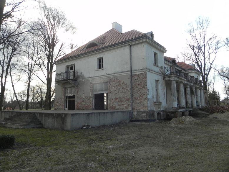 2018-04-05 Bartoszówka - pałac (50)