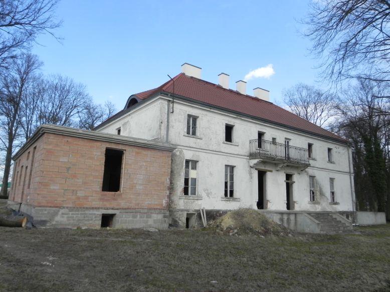 2018-04-05 Bartoszówka - pałac (54)