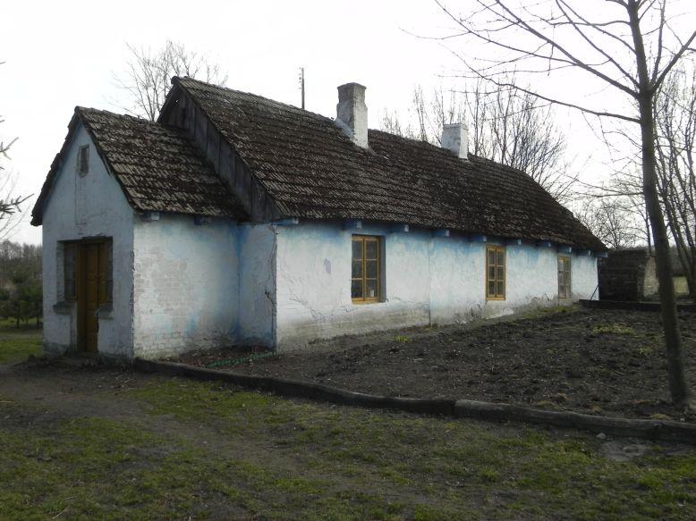 2018-04-05 Bartoszówka - pałac i stary dom (12)
