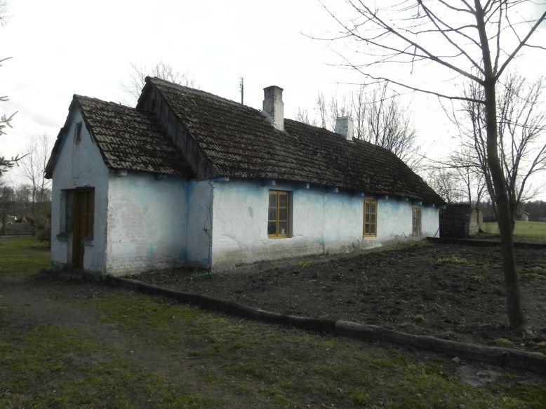 2018-04-05 Bartoszówka - pałac i stary dom (13)