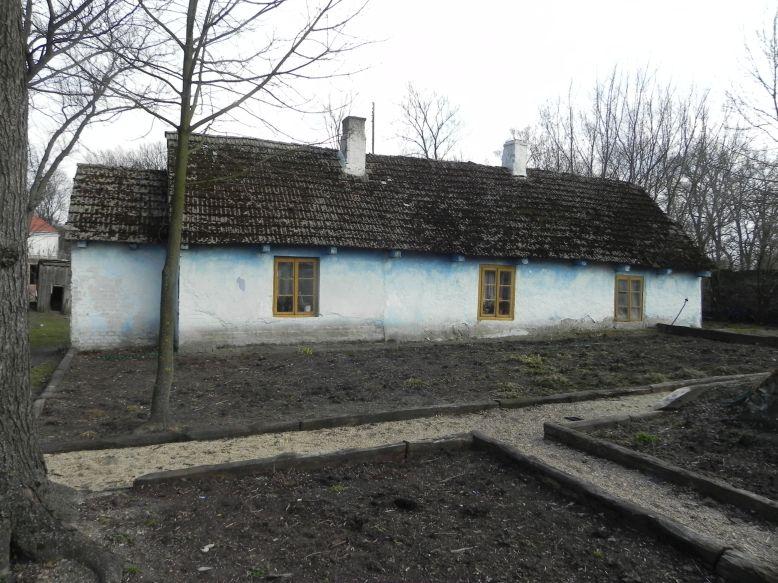 2018-04-05 Bartoszówka - pałac i stary dom (15)
