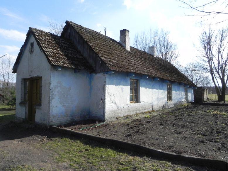 2018-04-05 Bartoszówka - pałac i stary dom (5)