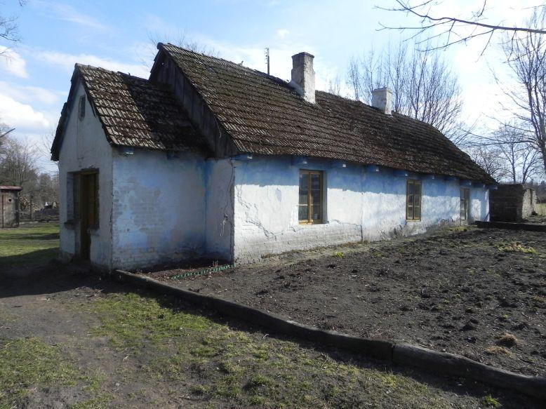 2018-04-05 Bartoszówka - pałac i stary dom (6)