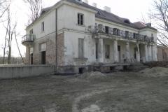 2018-04-05 Bartoszówka - pałac (18)