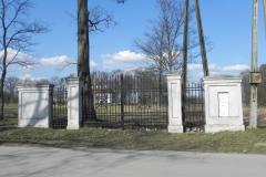 2018-04-05 Bartoszówka - pałac (3)