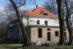 2018-04-05 Bartoszówka - pałac (8)