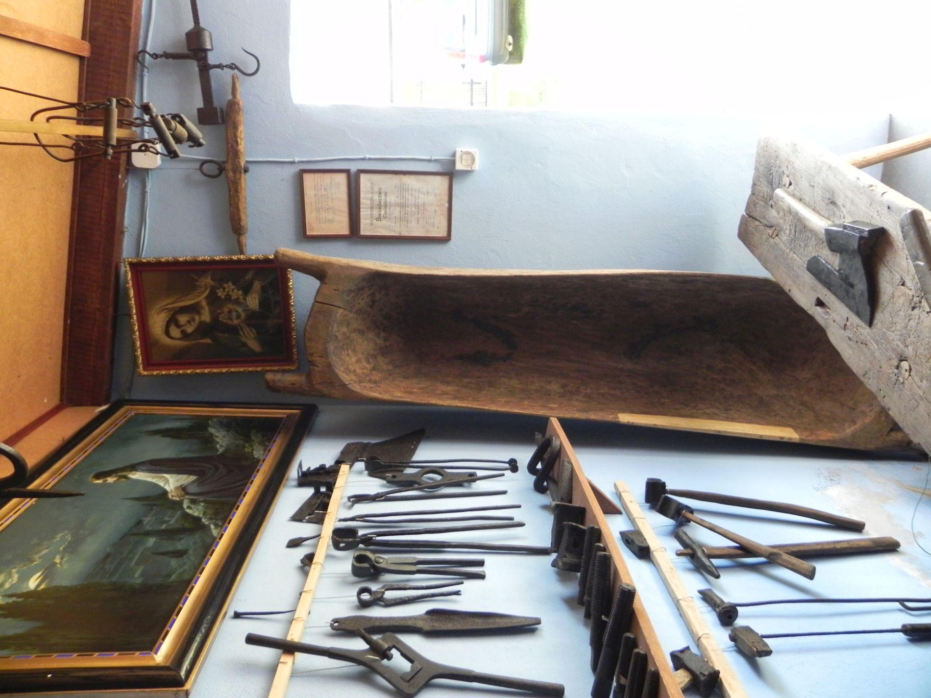 2012-05-03 Lipce Reymontowskie - galeria staroci (29)