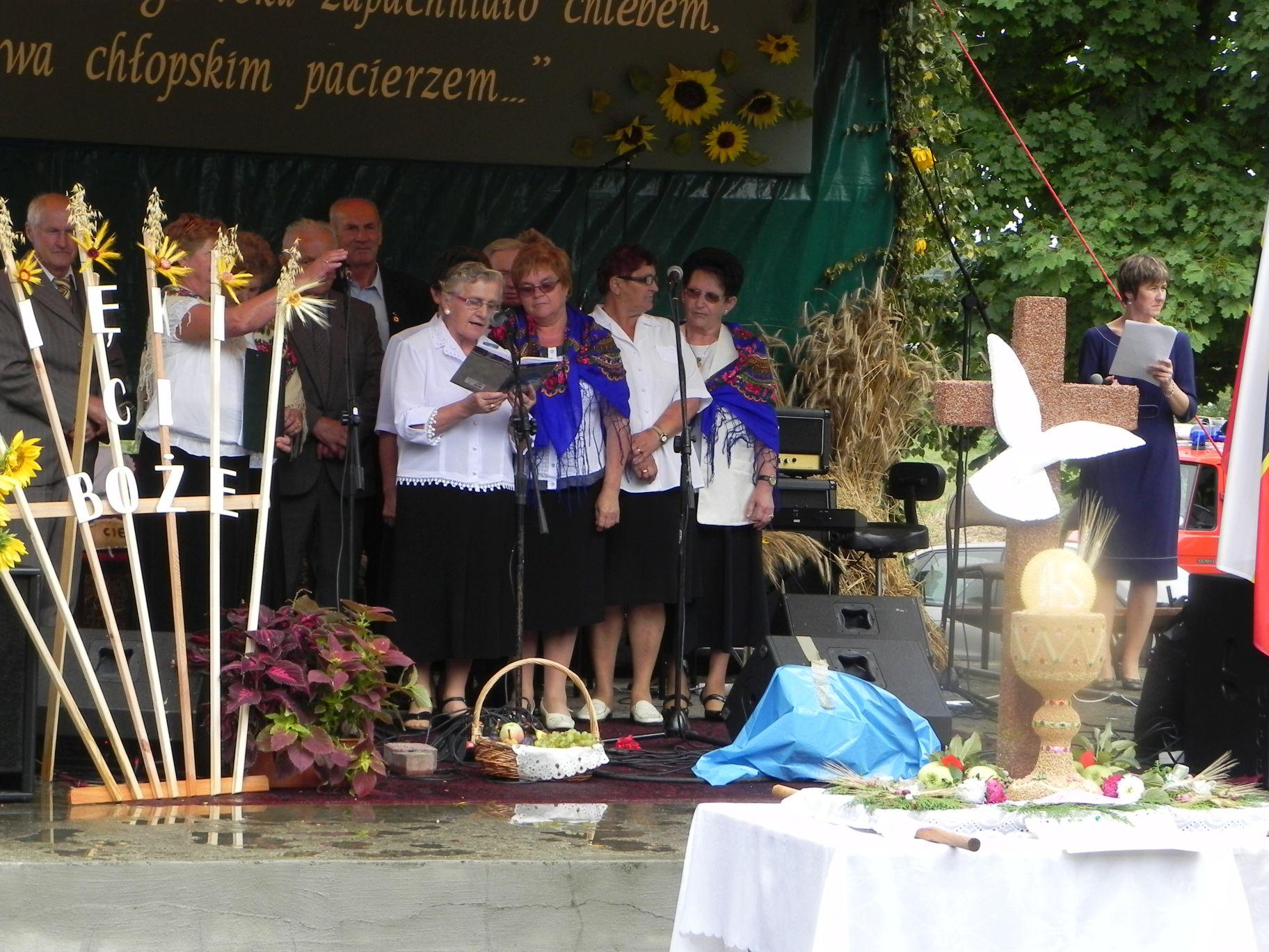 2012-08-26 Cielądz - dożynki powiatowe (18)