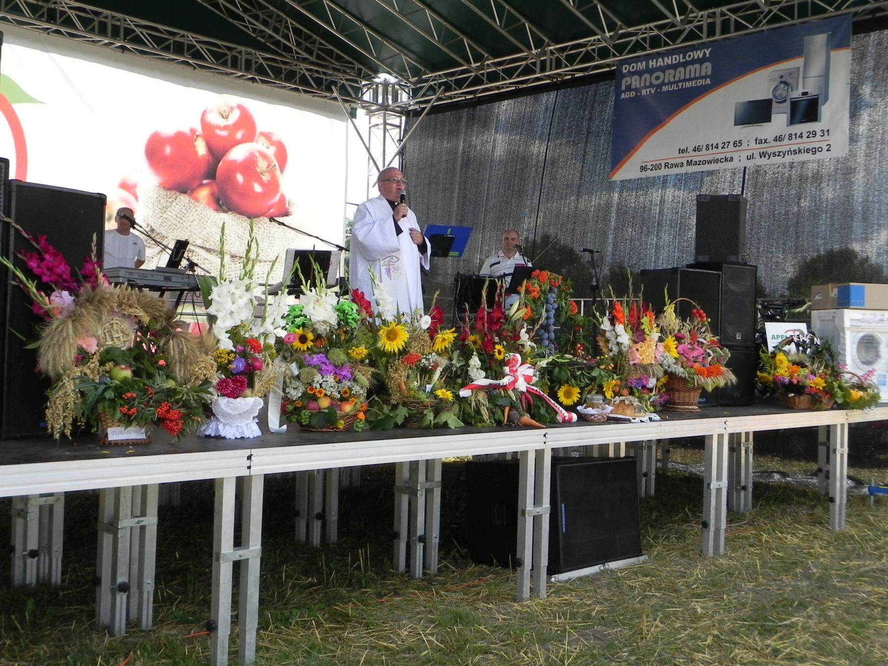2013-08-15 Dożynki w Sadkowicach (22)