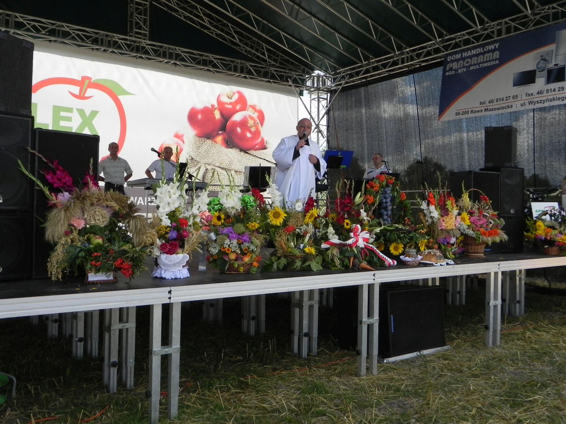 2013-08-15 Dożynki w Sadkowicach (24)