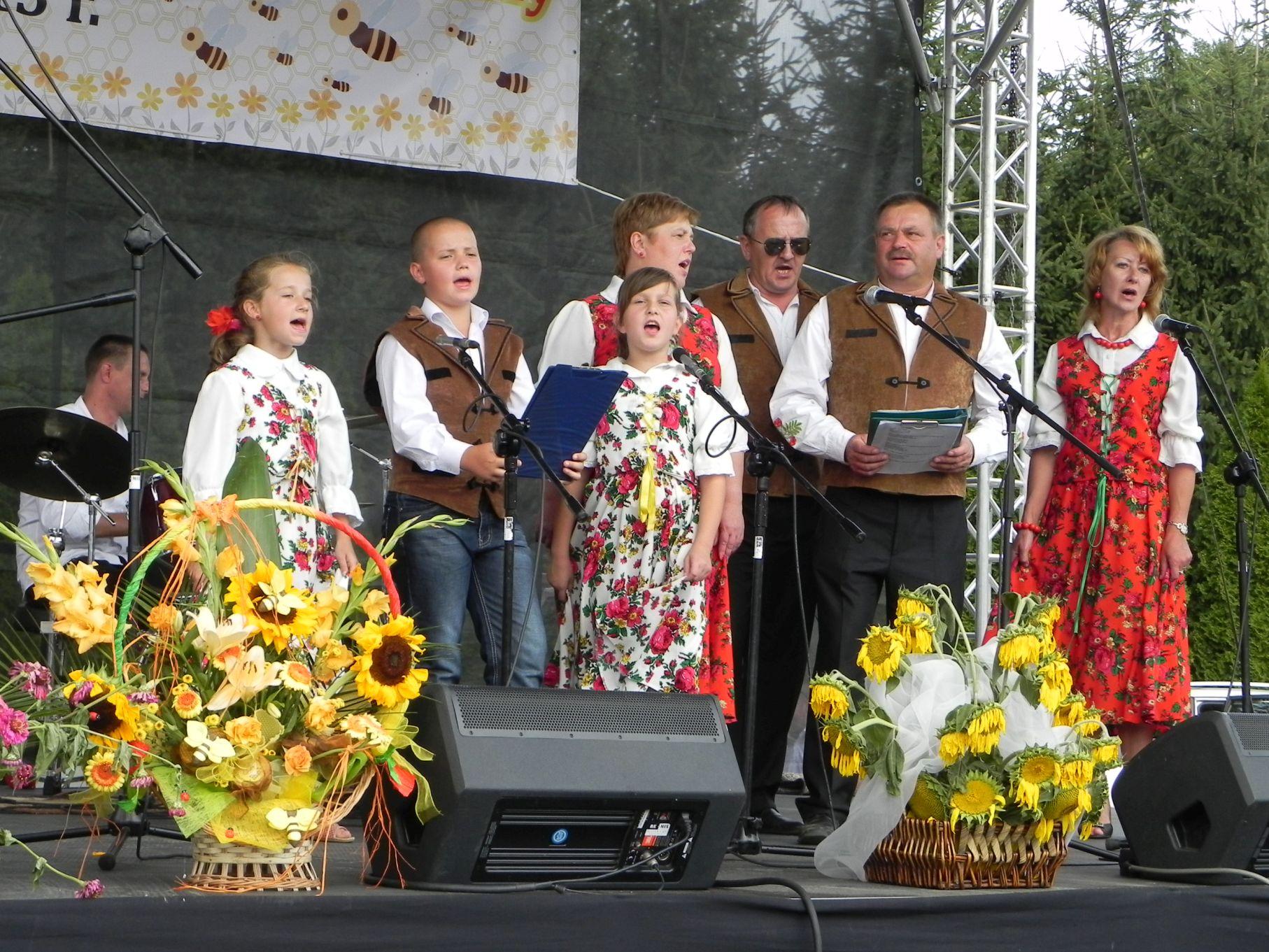 2013-08-18 Dożynki pszczelarskie (40)